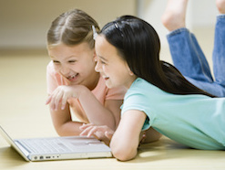 Girls and coding: draw strength from the community focus